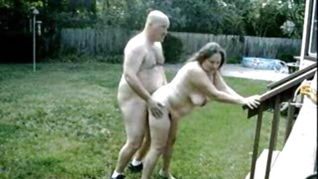 დედა, სექსუალურად მოწიფული ვიდეო ქონი