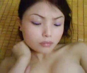 ისინი იაპონური ანიმე სვამენ, ჩეხური, pissing, Morgana და Barb გემოვნების შარდვა.