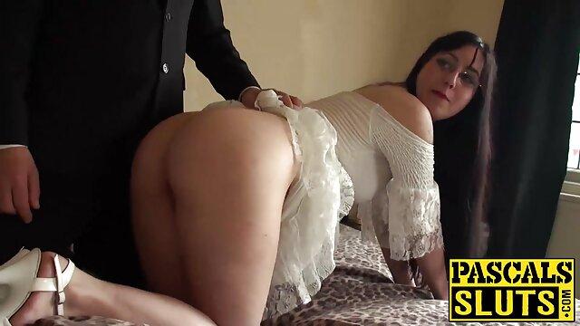 რუსი, მოყვარული,, ცოლი ტოვებს lover ტურში, სანამ მისი ქმარი ქრება