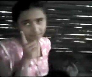 საბედნიეროდ, ინდოელი პუტკუნა ტიტველი უცნაური, მარტოხელა ცოლი